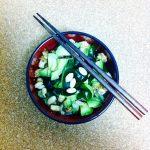 Soba mit Avocado und Wakame